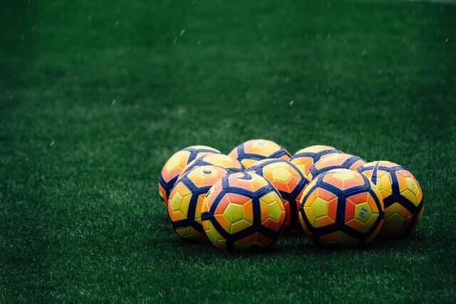 Real Win Barcelona, Man Utd 0-0 Chelsea: Weekday Review